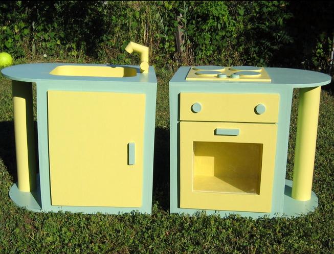 jouets cologiques la cuisini re la nourriture et la. Black Bedroom Furniture Sets. Home Design Ideas